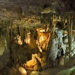 מערות באלבניה