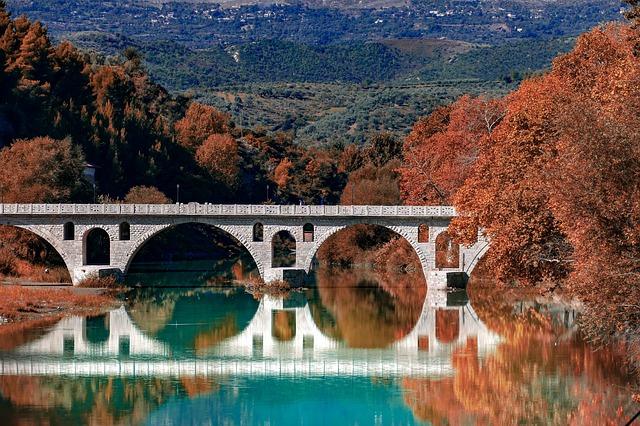 גשר רומאי עתיק - בראט