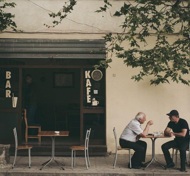בית קפה אלבני בדורס
