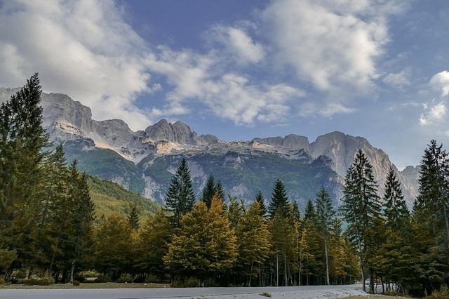 הרים וטבע באלבניה