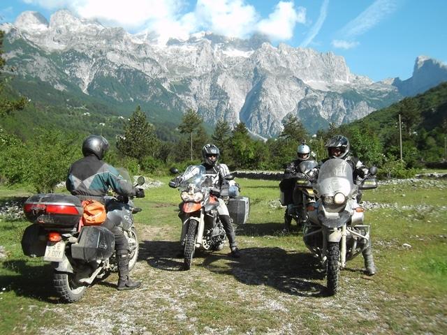 טיול אופנועים באלבניה