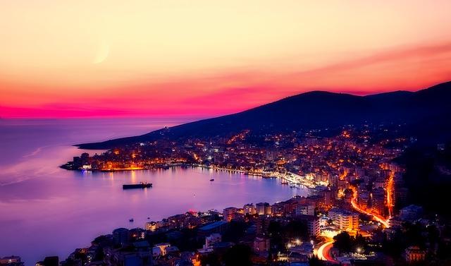 סרנדה לעת לילה - אלבניה