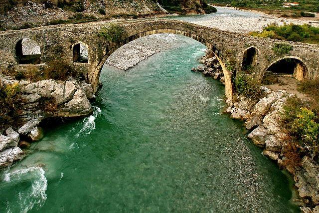 גשר מס בשקודרה