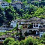 ג'ירוקסטרה – Gjirokaster – עיר אבן עם לב פועם