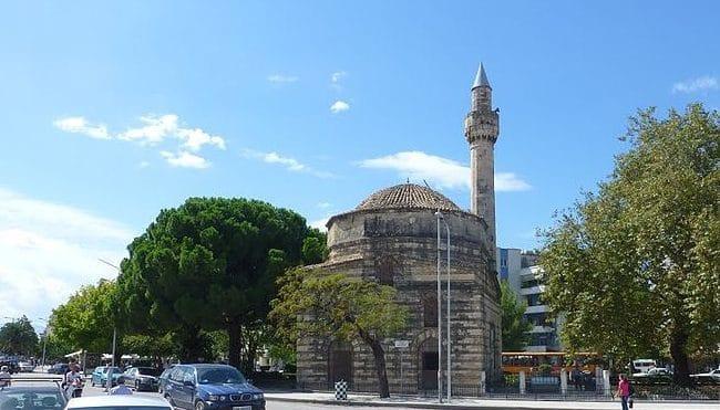 מסגד מוראטי בעיר ולורה
