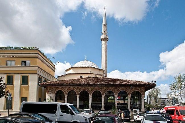 מסגד אטהם ביי בטירנה - Et'hem Bey