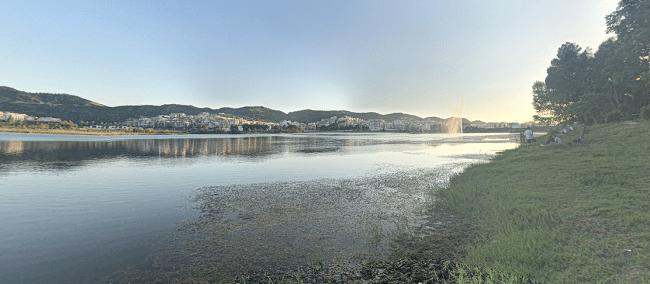 האגם המלאכותי בפארק טירנה