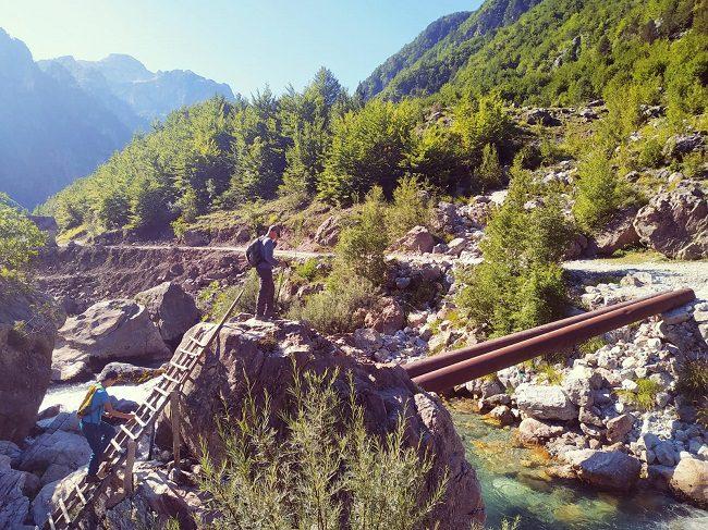גשר צינורות בט'ת - צילום - משפחת בן שדה