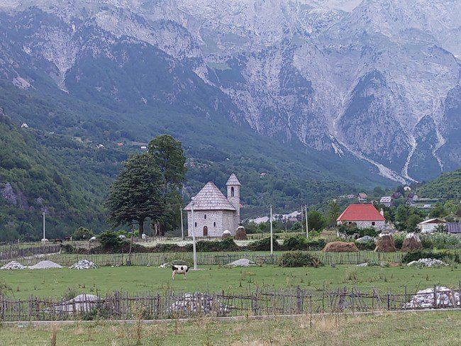 מבט אל הכפר ט'ת - צילום - משפחת בן שדה