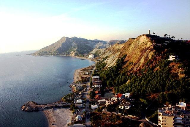 חוף Currila - חוף הים האדריאטי של אלבניה
