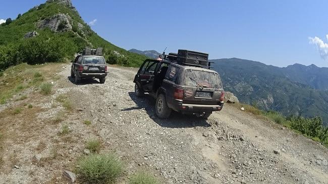 טיול ג'יפים באלבניה עם מדריך טיולים מנוסה
