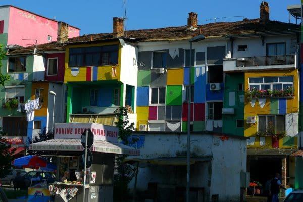 דיור ציבורי אלבני