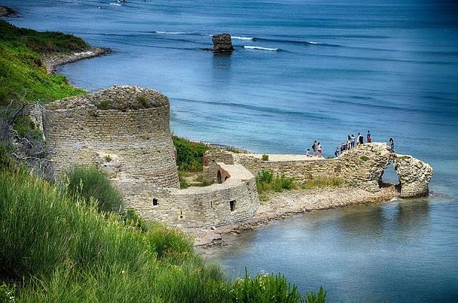 מבצר-Rodon