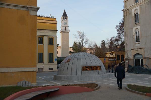 BunkArt2 - בונקר גרעיני שהפך למוזיאון בלב טירנה