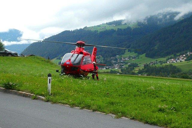 חילוץ-מטייל-שנפגע-במסוק-באלבניה