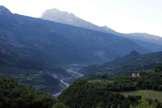 עמק Shala באלבניה - אחד האזורים המבודדים באירופה
