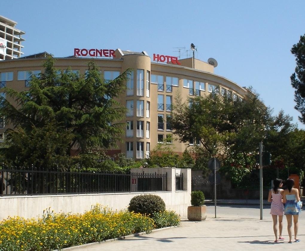 מלון רוגנר בטירנה