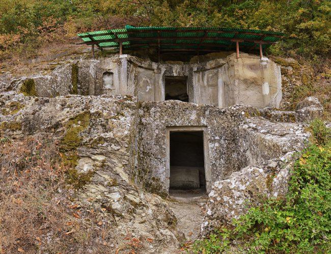 הקברים המונומנטליים של Selca