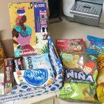 חבילת ממתקים בהפתעה מכל מיני מדינות בעולם – עד הבית